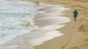 beach-jog_640